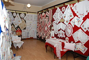 Hungary–Serbia relations - Hungarian handicrafts in Šušara (Fejértelep)