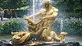 Оранжерейный фонтан Нижнего парка в Петергофе.jpg
