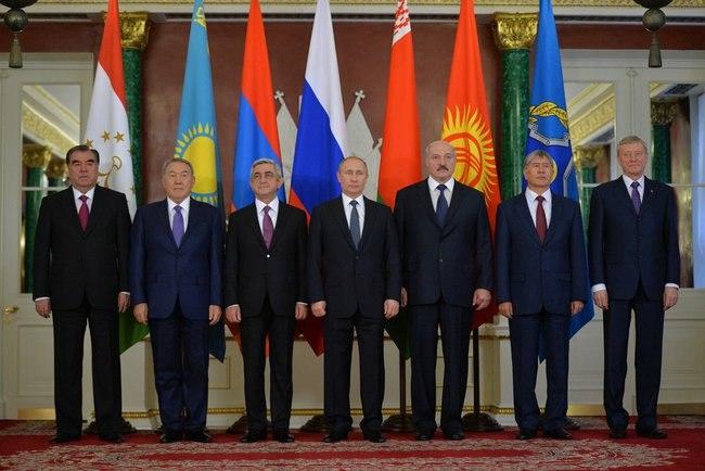 Участники заседания совета коллективной безопасности ОДКБ 23 декабря 2014 года.jpeg
