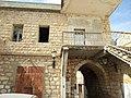 בית עתיק לצד בית לביב אבו רוקן - עוספיא.jpg