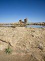 نمای دورتر دریاچه تخت سلیمان.jpg