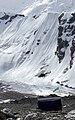 峭壁前的直升机 helicopter & snow cliff (4159472417).jpg
