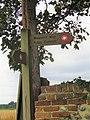 -2020-08-23 Sign post, Weavers' Way footpath, Sustead (1).JPG