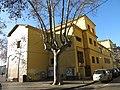 006 Escola Santa Eugènia (Col·legi Groc), c. Riu Güell - c. la Maçana (Girona).jpg