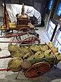 082 Fabra i Coats, Can Fontanet, carruatges dels Tres Tombs, carro amb portadores de raïm.jpg