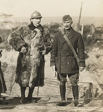 Joseph E. Kuhn - Joseph Kuhn, 79th division, conferring with general Henri Claudel, French 17th army corps, during the Meuse-Argonne Offensive near Vacherauville, 31 October 1918