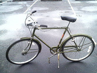 "Green 3 speed 1971 Raleigh Superbe with 26"" wheels and dynohub. 1971 Raleigh Superbe.jpg"