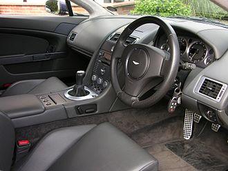 Aston Martin Vantage (2005) - Interior