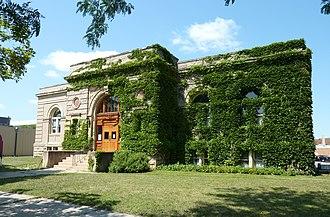 Betsy-Tacy - Image: 2009 0805 MN Mankato Library Reading Rm