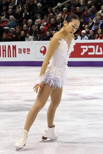 Spread eagle (figure skating) - Image: 2013 World Championships Mao Asada FP