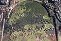 2015-02-17 Alter St.-Nikolai-Friedhof (Hannover), Reinigung Grabmal Jean Joseph La Croix (Fred Jaugstetter und Bernd Schwabe), (30).jpg