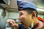 2015.9.26 육군 5기갑여단 취사병의 하루 The day of kitchen police, Republic of Korea Army The 5th Amor Brigade (22171922403).jpg