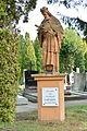 2016-03-05 GuentherZ (20) Bad Vöslau Friedhof Statue Johannes Nepomuk.JPG