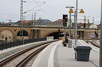 2016-03-28 Haltepunkt Dresden-Bischofsplatz by DCB–13.jpg