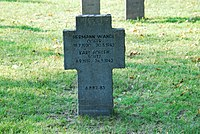2017-09-28 GuentherZ Wien11 Zentralfriedhof Gruppe97 Soldatenfriedhof Wien (Zweiter Weltkrieg) (039).jpg