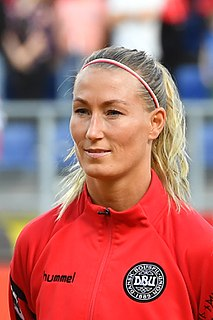 Theresa Eslund Footballer