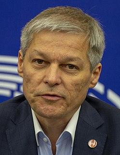 Dacian Cioloș Romanian politician