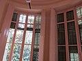 238 Casa Coll i Bacardí, o Casa Baumann (Terrassa), finestrals de la rotonda.JPG