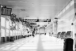 4561870268-598a20222-otopeni-airport-2010.jpg