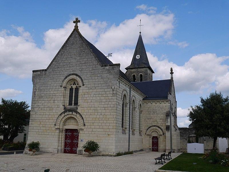 L'église Saint-Cyr.