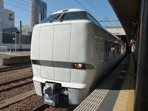 681系2000番台-1