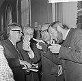 ANWB-prijzen voor publicistische prestaties te Den Haag na de prijsuitreiking v., Bestanddeelnr 916-4834.jpg