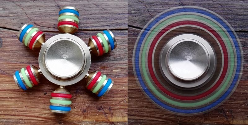 Файл:A Fidget Spinner with 6 Blades both Stationary and Spinning.jpg