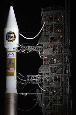 A Payload fairing and Centaur upper stage of an Atlas V 411.jpg