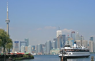 Toronto Island ferries - A ferry preparing to dock at the Toronto Islands