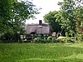 A thatched cottage in Shottery that isn't Anne Hathaway's - geograph.org.uk - 1911451.jpg