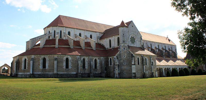 Bon Mardi 800px-Abbaye_de_Pontigny_-_Abbatiale_-_Exterieur_13