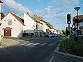 Abrest - Carrefour à feux D 906 vers Thiers 2014-06-15.JPG
