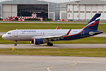 Aeroflot, VQ-BSL, Airbus A320-214 (21290550041).jpg