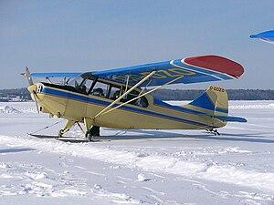 Aeronca Champion - Aeronca 7AC Champion on skis