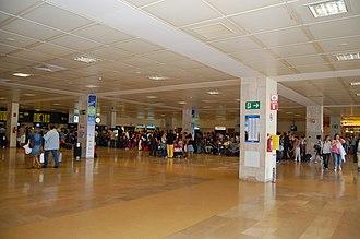 Girona–Costa Brava Airport - Check-in area
