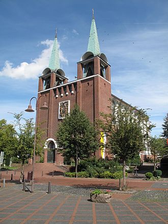 Aldenhoven - Image: Aldenhoven, kerk foto 4 2010 09 05 14.00