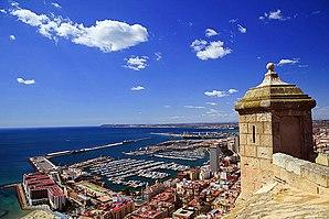 Puerto de Alicante desde el Castillo de Santa Bárbara