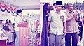 Allahyarham Tun Ghafar bin Baba rasmi bangunan baru SK Sungai Pergam pada 10 okt 1987.jpg