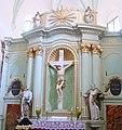 Altarul bisericii evanghelice din Bunesti.jpg
