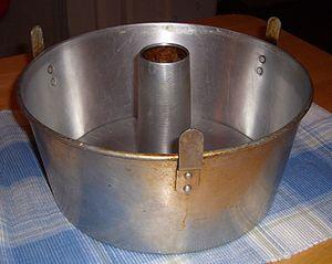 Angel food cake - Image: Angel Food Cake Pan