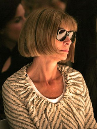 Anna Wintour - Wintour in sunglasses at a 2005 show