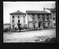 ArCJ - Le Noirmont, Une maison et le dépôt Emile Zuretti - 137 J 644 a.tif