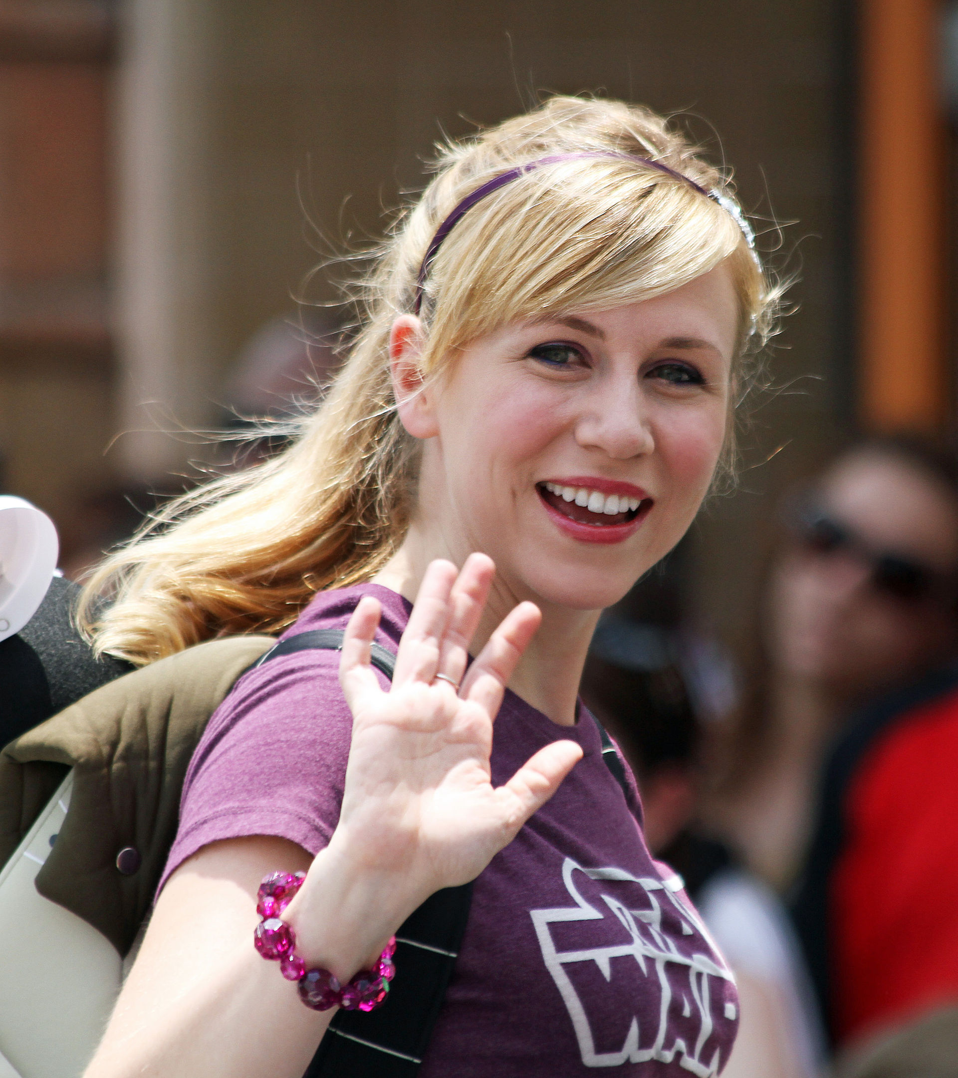 Www Ashly: Ashley Eckstein