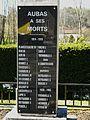 Aubas monument aux morts (1).JPG