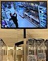 Autoportrait avec la vidéo-surveillance au Carrefour Market (Rillieux-la-Pape).jpg