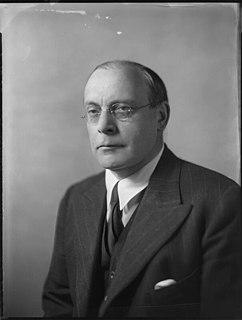 Arthur Salter, 1st Baron Salter British politician and academic