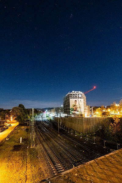 Baustelle am Güterbahnhof in Tübingen mit Sternenhimmel.jpg