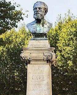 Bedarieux Monument de Pierre Auguste Cot par Antonin Mercié 1891.jpg