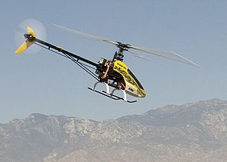 Radio-controlled helicopter - Electric-powered E-flite Blade 400 3D