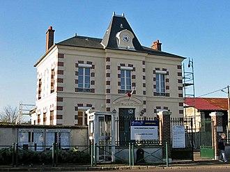 Boinville-en-Mantois - Town hall